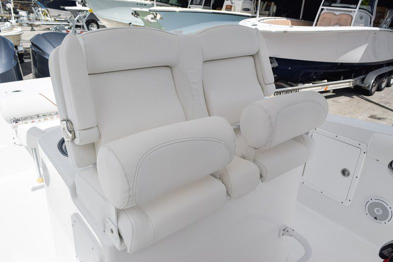 Thumbnail 38 for Used 2018 Sea Hunt 30 GAMEFISH boat for sale in Miami, FL