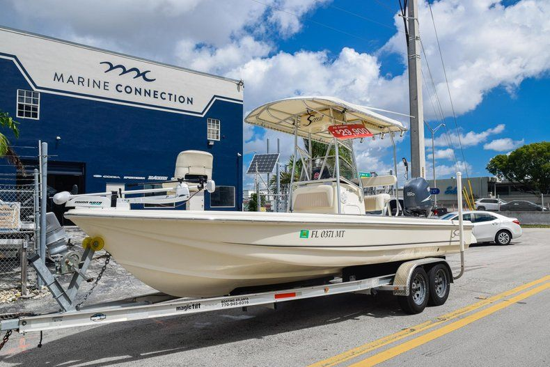 Thumbnail 3 for Used 2004 Scout 220 Bay Scout boat for sale in Miami, FL