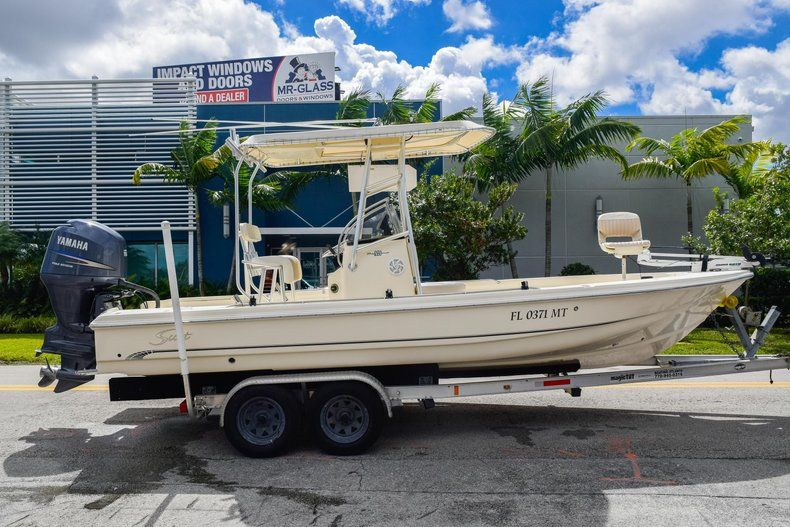 Used 2004 Scout 220 Bay Scout boat for sale in Miami, FL