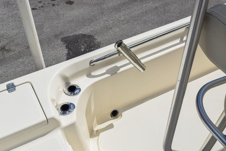 Thumbnail 19 for Used 2004 Scout 220 Bay Scout boat for sale in Miami, FL
