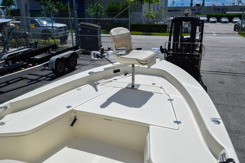 Thumbnail 33 for Used 2004 Scout 220 Bay Scout boat for sale in Miami, FL