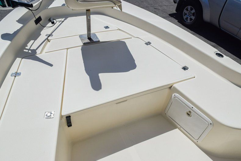 Thumbnail 38 for Used 2004 Scout 220 Bay Scout boat for sale in Miami, FL