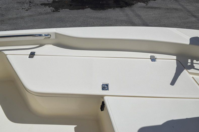 Thumbnail 36 for Used 2004 Scout 220 Bay Scout boat for sale in Miami, FL