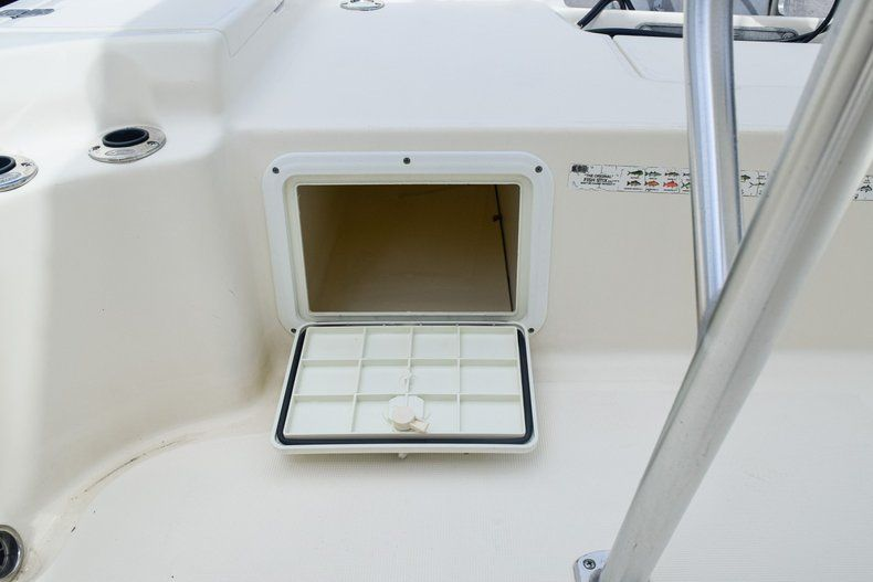 Thumbnail 42 for Used 2004 Scout 220 Bay Scout boat for sale in Miami, FL