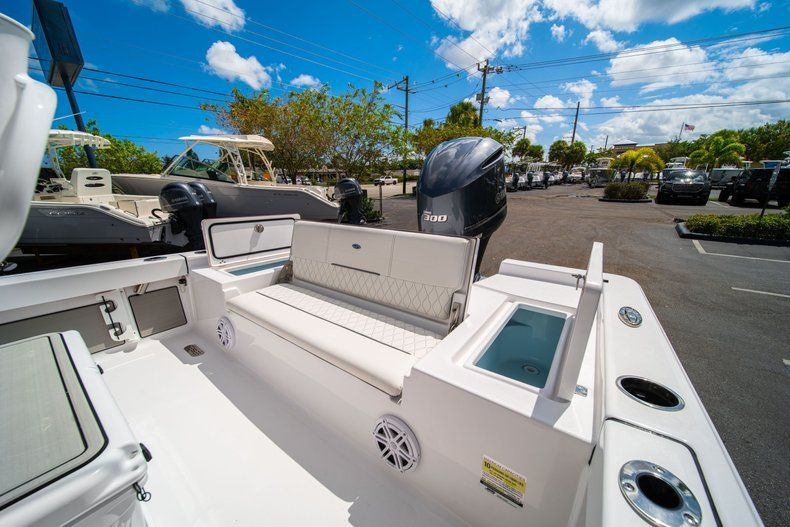Thumbnail 14 for New 2020 Sportsman Masters 247 Bay Boat boat for sale in West Palm Beach, FL