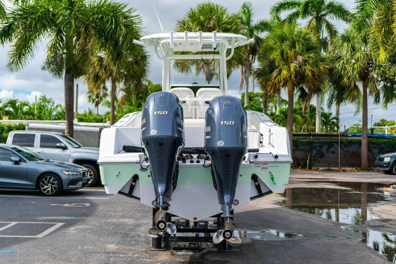 Thumbnail 7 for New 2020 Sportsman Open 252 Center Console boat for sale in Fort Lauderdale, FL