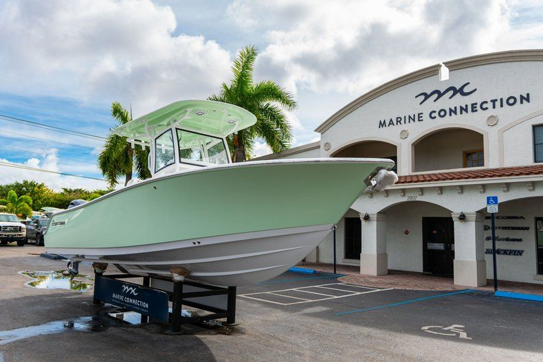Thumbnail 1 for New 2020 Sportsman Open 252 Center Console boat for sale in Fort Lauderdale, FL