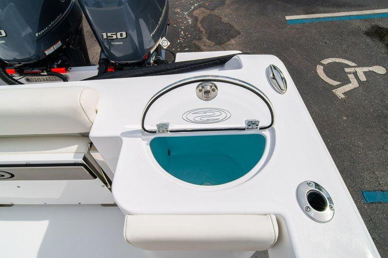 Thumbnail 18 for New 2020 Sportsman Open 252 Center Console boat for sale in Fort Lauderdale, FL
