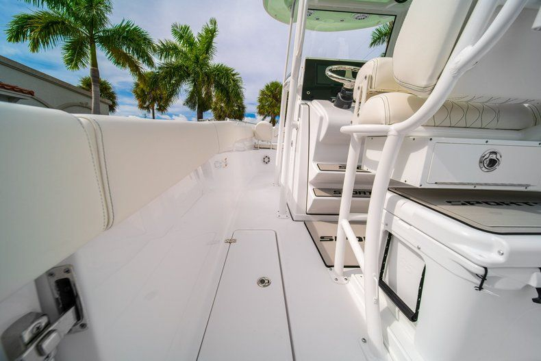 Thumbnail 24 for New 2020 Sportsman Open 252 Center Console boat for sale in Fort Lauderdale, FL