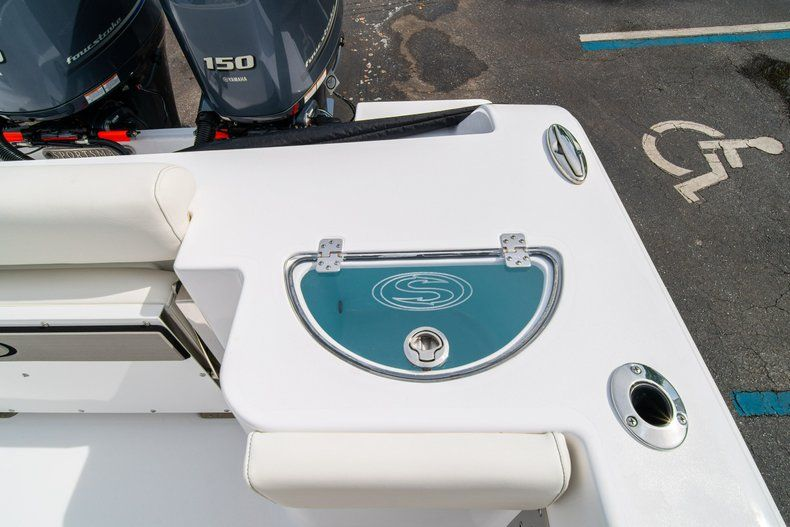 Thumbnail 17 for New 2020 Sportsman Open 252 Center Console boat for sale in Fort Lauderdale, FL