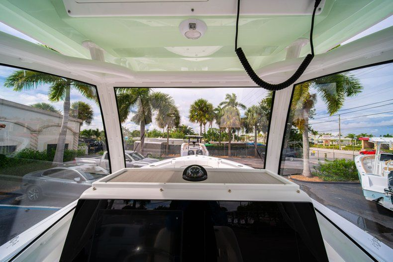 Thumbnail 34 for New 2020 Sportsman Open 252 Center Console boat for sale in Fort Lauderdale, FL