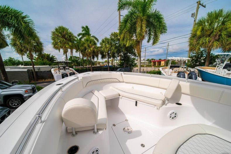 Thumbnail 37 for New 2020 Sportsman Open 252 Center Console boat for sale in Fort Lauderdale, FL