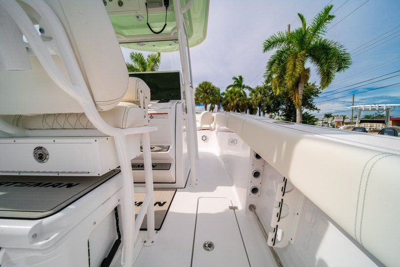 Thumbnail 23 for New 2020 Sportsman Open 252 Center Console boat for sale in Fort Lauderdale, FL