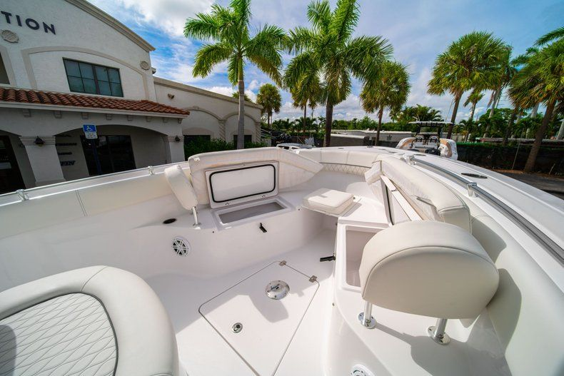 Thumbnail 36 for New 2020 Sportsman Open 252 Center Console boat for sale in Fort Lauderdale, FL