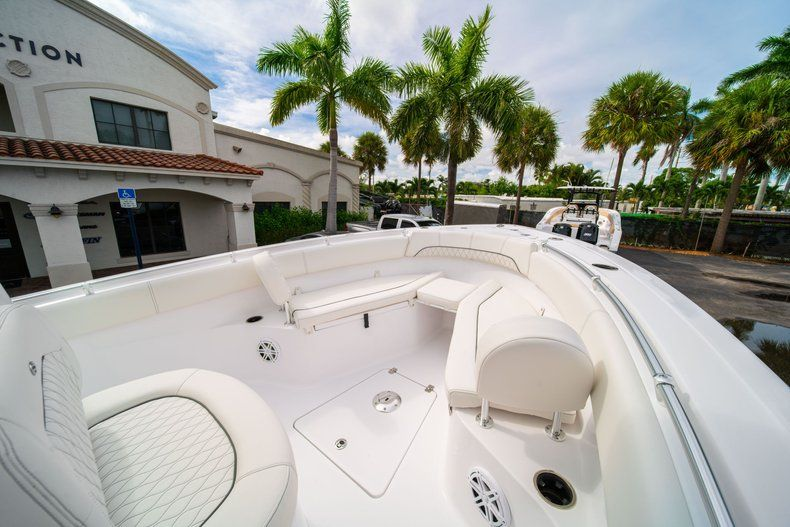 Thumbnail 35 for New 2020 Sportsman Open 252 Center Console boat for sale in Fort Lauderdale, FL