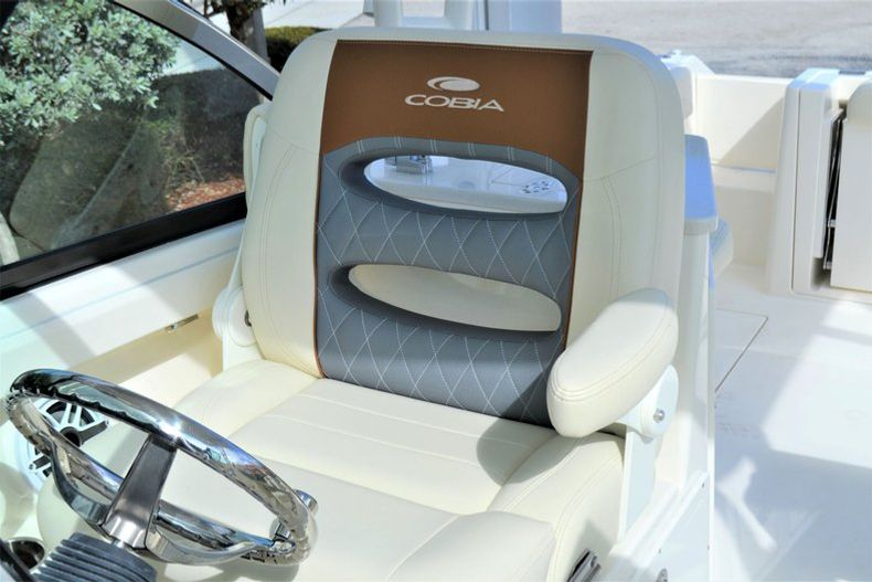Thumbnail 16 for New 2020 Cobia 240 DC Dual Console boat for sale in Vero Beach, FL