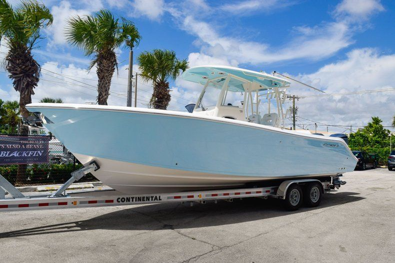 Thumbnail 3 for New 2020 Cobia 301 CC Center Console boat for sale in West Palm Beach, FL