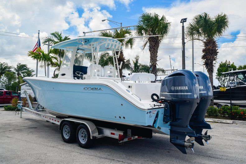 Thumbnail 5 for New 2020 Cobia 301 CC Center Console boat for sale in Fort Lauderdale, FL