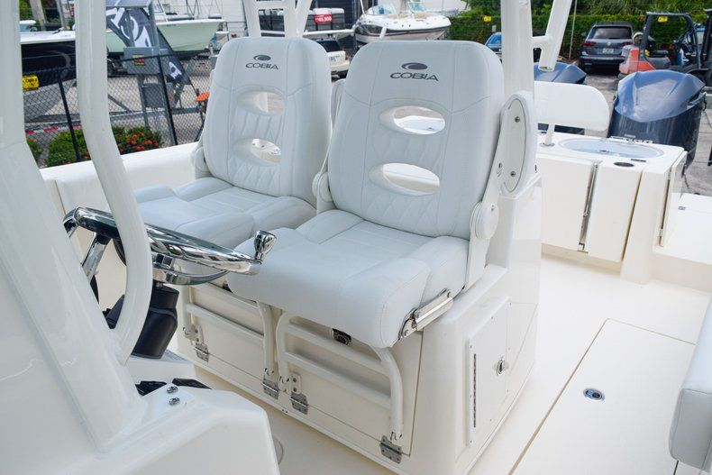 Thumbnail 20 for New 2020 Cobia 301 CC Center Console boat for sale in West Palm Beach, FL