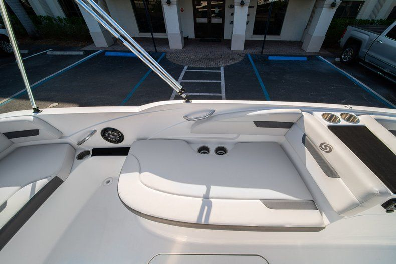 Thumbnail 12 for New 2020 Hurricane SS 185 OB boat for sale in Miami, FL