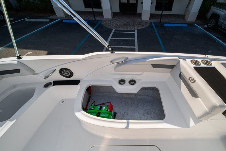 Thumbnail 13 for New 2020 Hurricane SS 185 OB boat for sale in Miami, FL