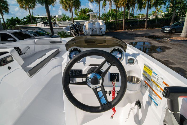 Thumbnail 14 for New 2020 Hurricane SS 185 OB boat for sale in Miami, FL