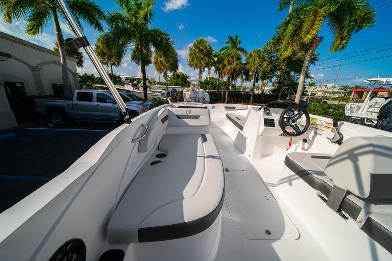 Thumbnail 9 for New 2020 Hurricane SS 185 OB boat for sale in Miami, FL