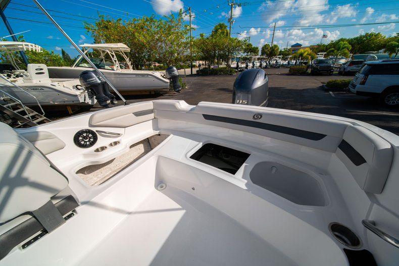 Thumbnail 11 for New 2020 Hurricane SS 185 OB boat for sale in Miami, FL
