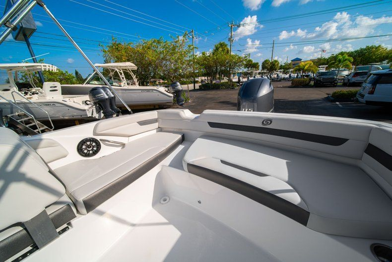 Thumbnail 10 for New 2020 Hurricane SS 185 OB boat for sale in Miami, FL