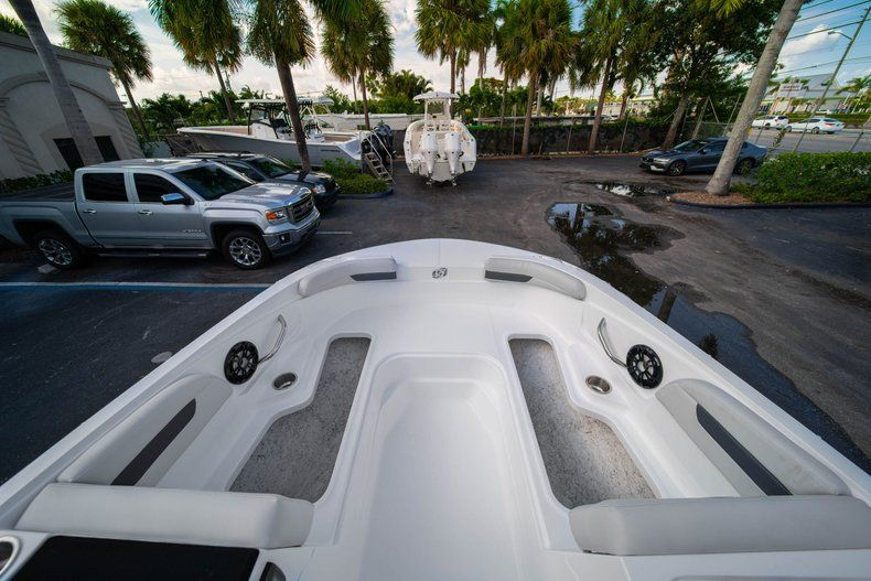 Thumbnail 24 for New 2020 Hurricane SS 185 OB boat for sale in Miami, FL