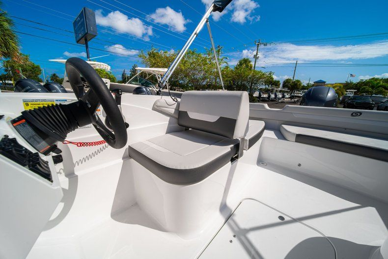 Thumbnail 18 for New 2020 Hurricane SS 185 OB boat for sale in West Palm Beach, FL