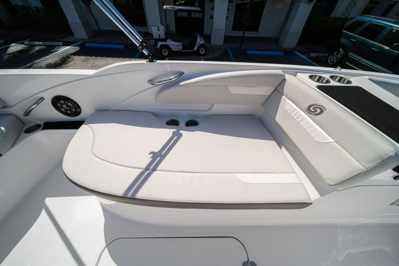 Thumbnail 12 for New 2020 Hurricane SS 185 OB boat for sale in West Palm Beach, FL