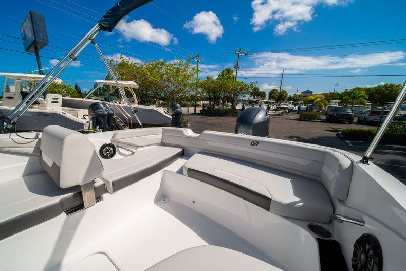 Thumbnail 9 for New 2020 Hurricane SS 185 OB boat for sale in West Palm Beach, FL