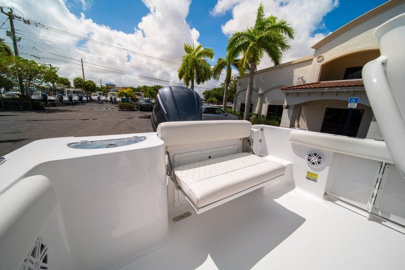 Thumbnail 14 for New 2020 Sportsman Open 232 Center Console boat for sale in West Palm Beach, FL