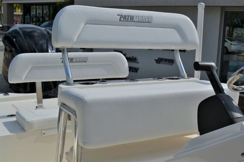 Thumbnail 18 for New 2020 Pathfinder 2300 HPS Bay Boat boat for sale in Vero Beach, FL