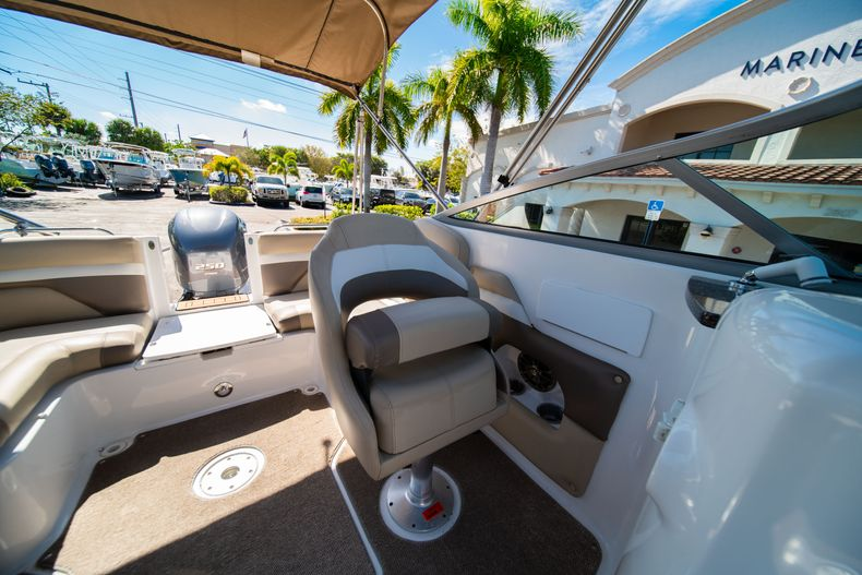 Thumbnail 30 for Used 2016 Hurricane SunDeck SD 2486 OB boat for sale in West Palm Beach, FL
