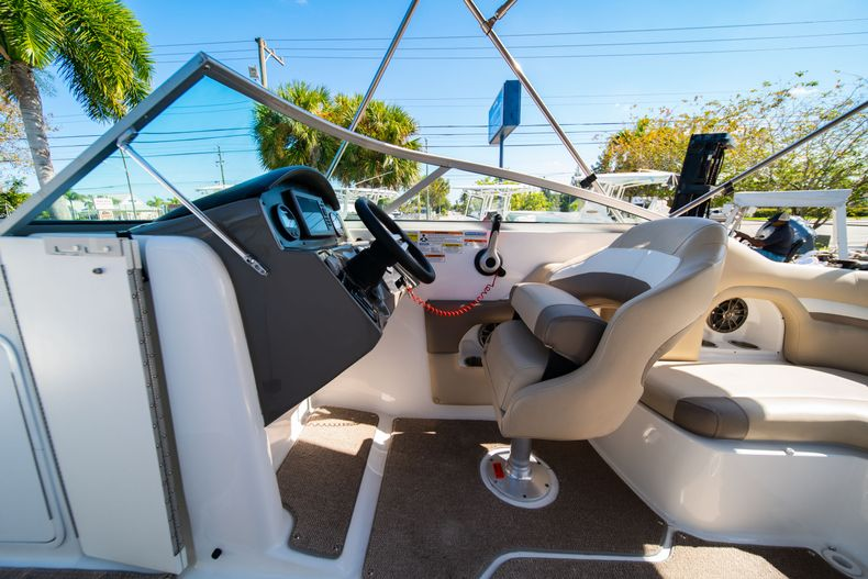 Thumbnail 23 for Used 2016 Hurricane SunDeck SD 2486 OB boat for sale in West Palm Beach, FL
