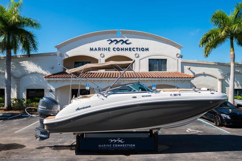 Used 2016 Hurricane SunDeck SD 2486 OB boat for sale in West Palm Beach, FL