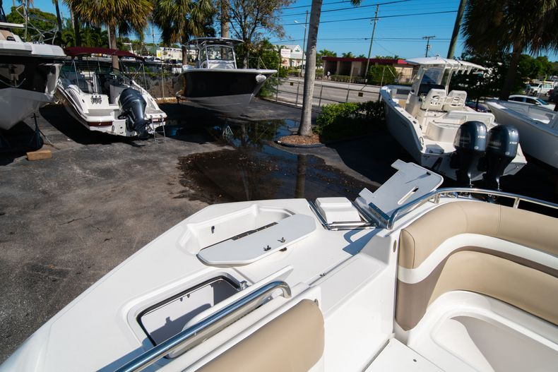 Thumbnail 41 for Used 2016 Hurricane SunDeck SD 2486 OB boat for sale in West Palm Beach, FL