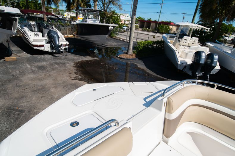 Thumbnail 40 for Used 2016 Hurricane SunDeck SD 2486 OB boat for sale in West Palm Beach, FL