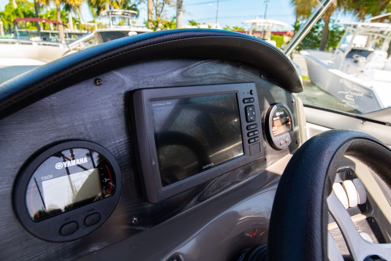 Thumbnail 21 for Used 2016 Hurricane SunDeck SD 2486 OB boat for sale in West Palm Beach, FL