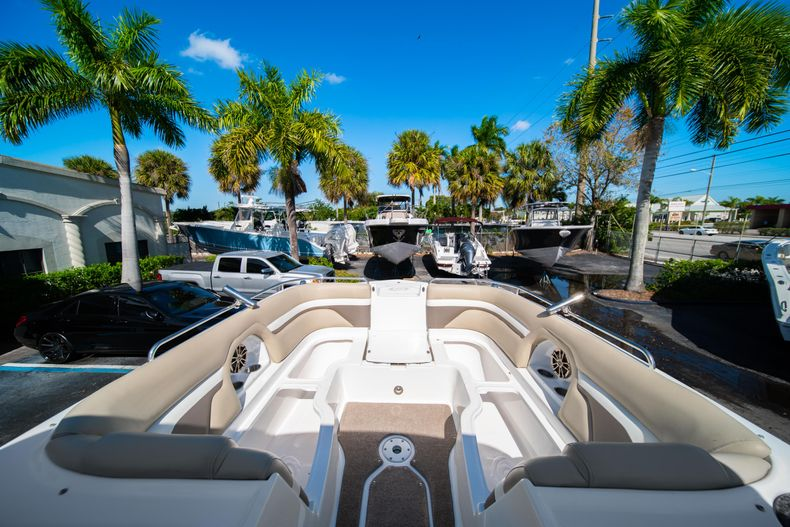 Thumbnail 39 for Used 2016 Hurricane SunDeck SD 2486 OB boat for sale in West Palm Beach, FL