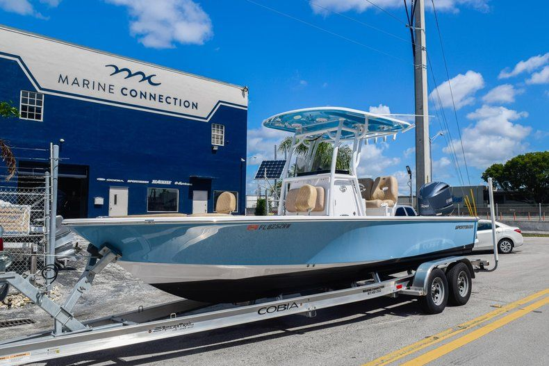 Thumbnail 3 for Used 2019 Sportsman Masters 247 Bay Boat boat for sale in Miami, FL