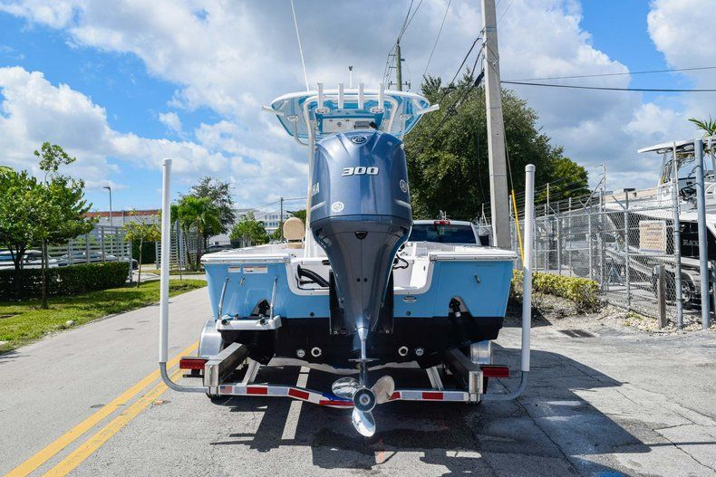 Thumbnail 5 for Used 2019 Sportsman Masters 247 Bay Boat boat for sale in Miami, FL