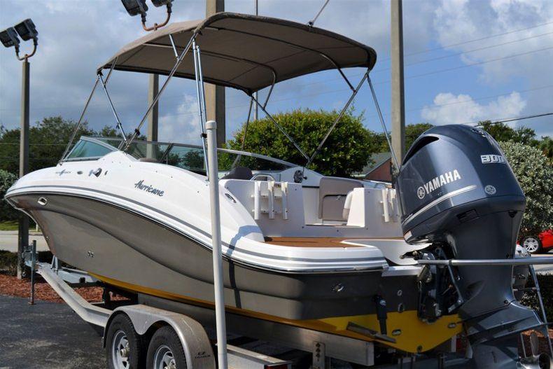 Thumbnail 3 for Used 2014 Hurricane SunDeck SD 2690 OB boat for sale in Vero Beach, FL