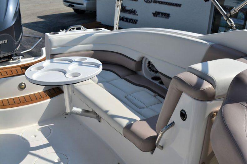 Thumbnail 23 for Used 2014 Hurricane SunDeck SD 2690 OB boat for sale in Vero Beach, FL