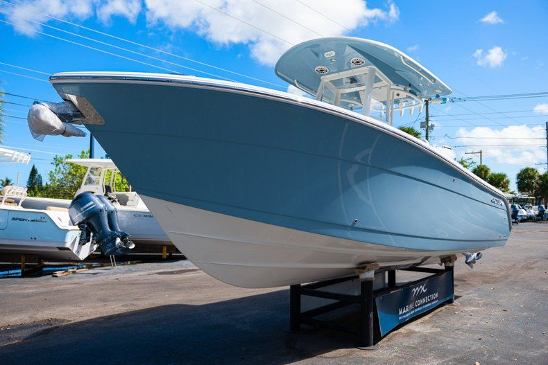 Thumbnail 3 for New 2020 Cobia 262 CC Center Console boat for sale in West Palm Beach, FL