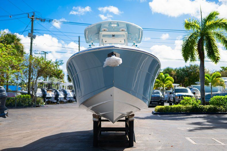 Thumbnail 2 for New 2020 Cobia 262 CC Center Console boat for sale in West Palm Beach, FL
