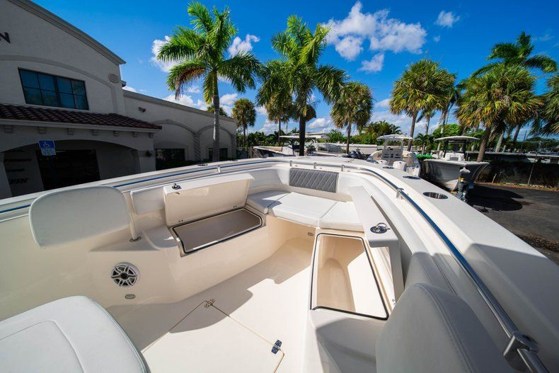Image 31 for 2020 Cobia 262 CC Center Console in West Palm Beach, FL