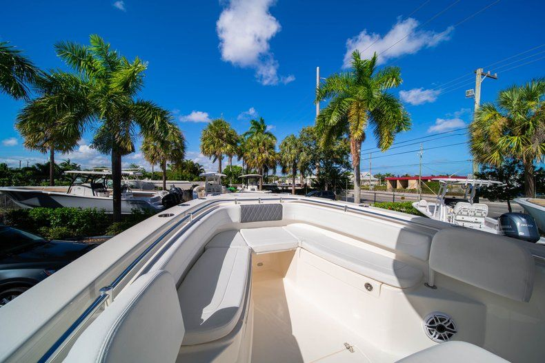 Image 32 for 2020 Cobia 262 CC Center Console in West Palm Beach, FL